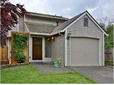 Beaverton Single Family Home For Sale: 7121 SW 158th Ave