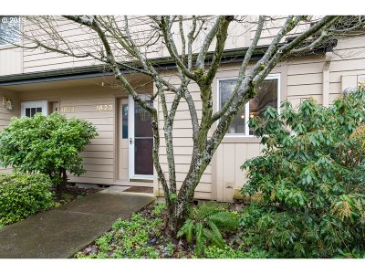 Eugene Condo/Townhouse For Sale: 1623 Oak Patch Rd