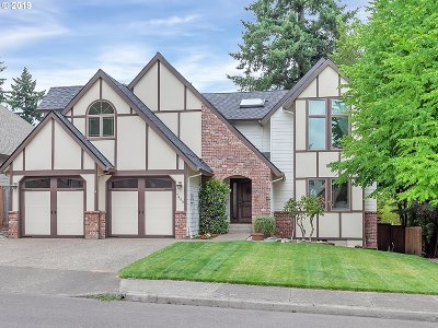 Tigard Single Family Home For Sale: 7490 SW Ashford St