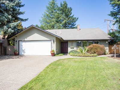 Single Family Home For Sale: 14665 NW Ridgetop Ct