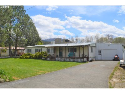 Grant County Single Family Home For Sale: 106 NE 7th Ave