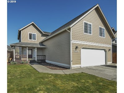 Cowlitz County Single Family Home For Sale: 4612 Olympia Way