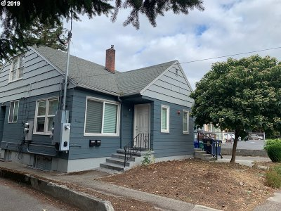 Portland Multi Family Home For Sale: 3741 SE Cesar E Chavez Blvd