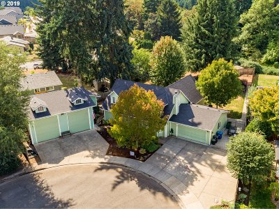 Hubbard Single Family Home For Sale: 2152 Riviera Ct