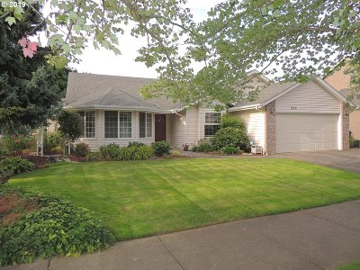 Keizer Single Family Home For Sale: 949 Parkmeadow Dr