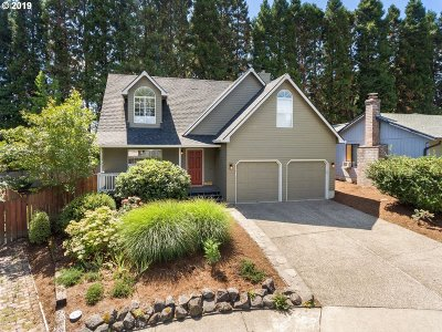 Beaverton Single Family Home For Sale: 7359 SW Linette Way