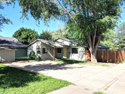 la grande Single Family Home For Sale: 701 4th St