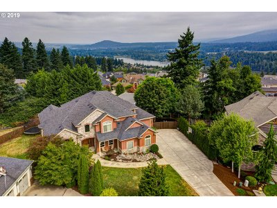 Camas Single Family Home For Sale: 1745 NW 37th Ave