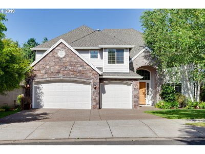 Happy Valley Single Family Home For Sale: 10839 SE Oneonta Dr