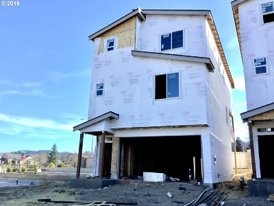 Happy Valley, Clackamas Single Family Home For Sale: 12366 SE Goali Ct #LOT45