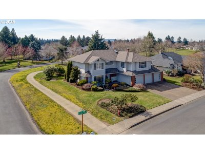Keizer Single Family Home For Sale: 428 N Palmer Dr N