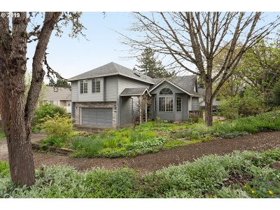 Tigard Single Family Home For Sale: 14130 SW 97th Pl