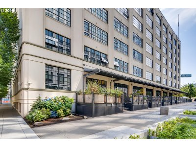 Northwest Heights, Pearl, Old Town, Arlington Heights, Sylvan Highlands, Sylvan, Highlands, Forest Heights Condo/Townhouse For Sale: 1400 NW Irving St #602