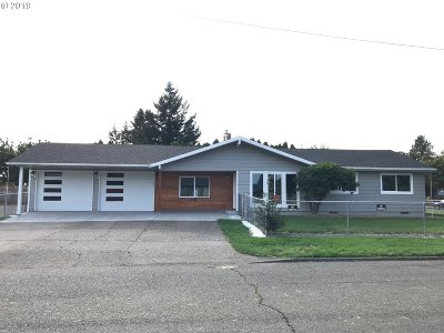 Portland Single Family Home For Sale: 1519 SE 167th Ave