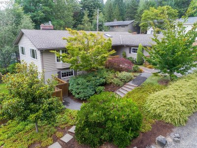 Portland Single Family Home For Sale: 6675 SW Gable Pkwy