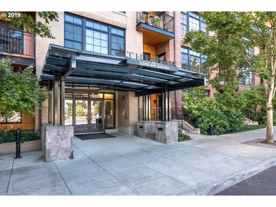 Condo/Townhouse For Sale: 2350 NW Savier St #234