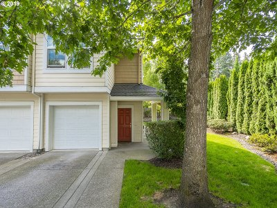 Beaverton, Aloha Condo/Townhouse For Sale: 7298 SW Manor Way