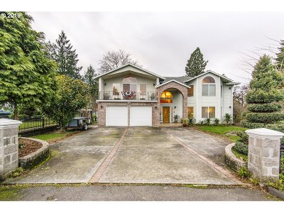 Single Family Home For Sale: 2427 NE 148th Ave