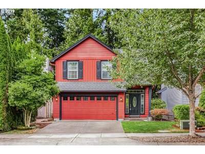 Forest Grove, Cornelius, Hillsboro Single Family Home For Sale: 1403 NE Parkside Dr
