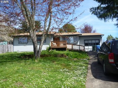 Sutherlin Single Family Home For Sale: 1839 Ruby Ct