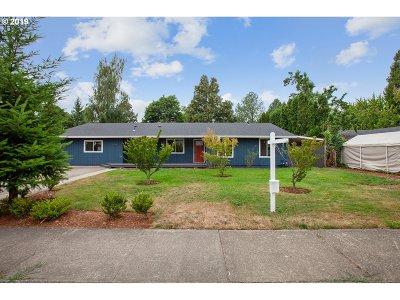Hillsboro Single Family Home For Sale: 1679 NE 10th Ave