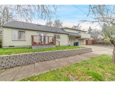 Single Family Home For Sale: 2293 Harris St