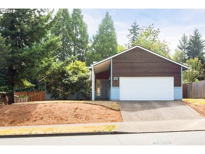 Tualatin Single Family Home For Sale: 21234 SW Martinazzi Ave