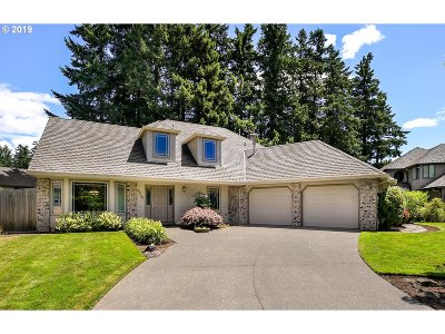 Beaverton Single Family Home For Sale: 8310 SW Sexton Mountain Ct