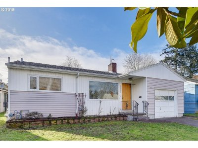 Portland Single Family Home For Sale: 2334 N Schofield St