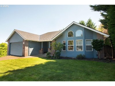 Single Family Home For Sale: 32888 NW Bella Vista Dr