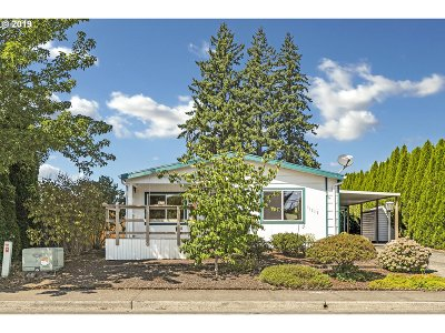 Tigard Single Family Home For Sale: 11715 SW Graven St