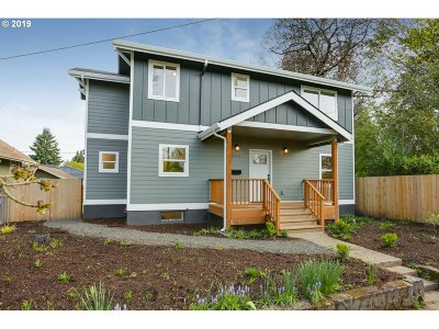 Single Family Home For Sale: 4503 SE Cora St
