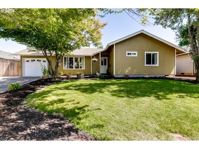 Eugene Single Family Home For Sale: 4663 Scottdale St