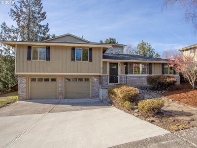Camas Single Family Home For Sale: 138 NE 22nd Ave