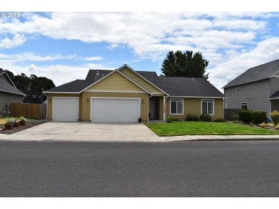 Cowlitz County Single Family Home For Sale: 435 Twin Flower Dr