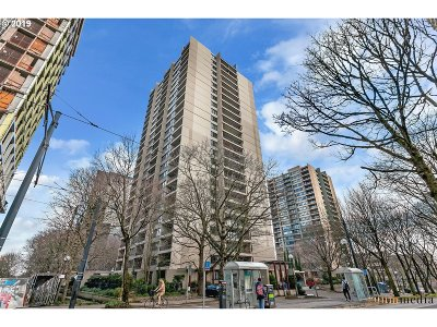 Condo/Townhouse For Sale: 255 SW Harrison St #3G