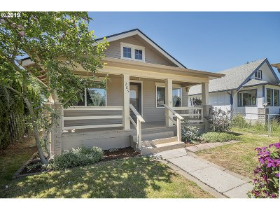 Cowlitz County Single Family Home For Sale: 285 24th Ave