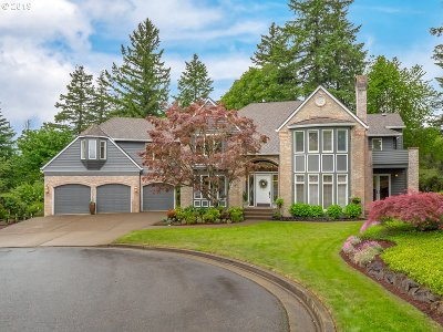 Lake Oswego Single Family Home For Sale: 1640 Country Cmns