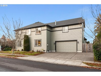 Tigard Single Family Home For Sale: 13319 SW Nicole Ln
