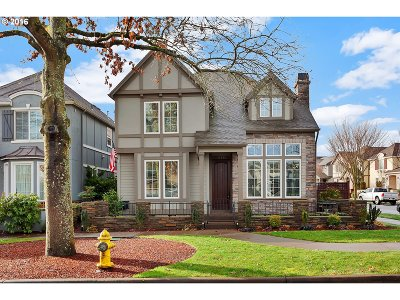 Wilsonville Single Family Home For Sale: 11970 SW Surrey St