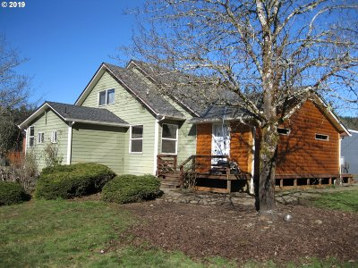 Vernonia Single Family Home For Sale: 12891 Keasey Rd