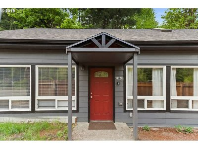 Clackamas County Multi Family Home For Sale: 62464 E Brightwood Loop Rd
