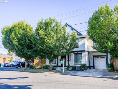 Multnomah County Single Family Home For Sale: 1308 N Buffalo St