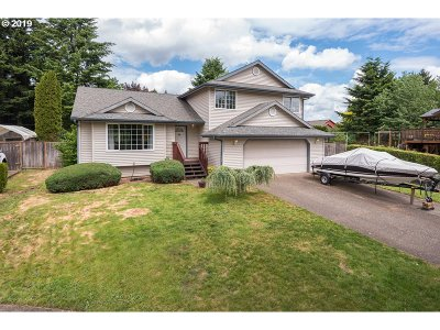 Clackamas County Single Family Home For Sale: 19426 Daybreak Ct