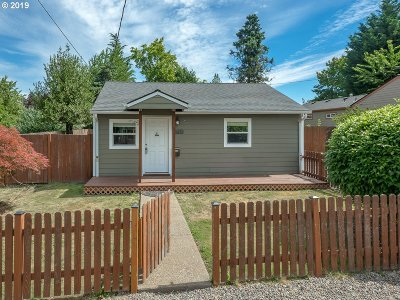 Oregon City Single Family Home For Sale: 1713 14th St