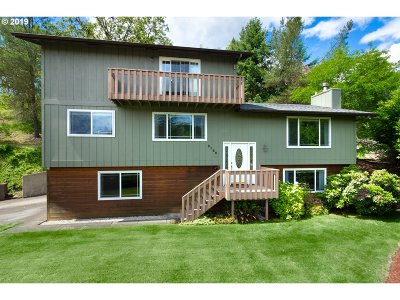 Roseburg Single Family Home For Sale: 2186 NW Troost St