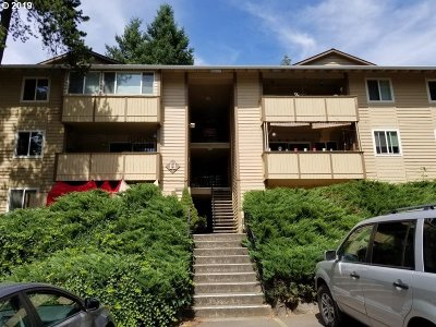 Sherwood, King City Condo/Townhouse For Sale: 16718 SW Gleneagle Dr #58