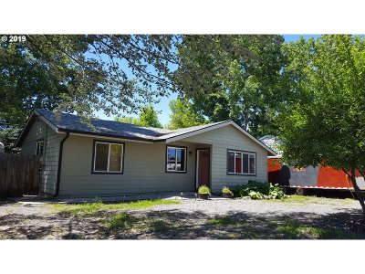 Elgin Single Family Home For Sale: 720 N 12th Ave