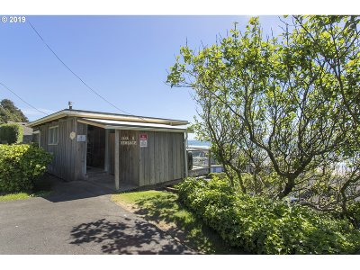 Cannon Beach Single Family Home For Sale: 1848 S Hemlock St