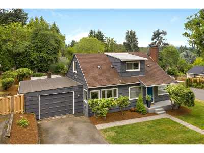Lake Oswego Single Family Home For Sale: 1308 Cornell St